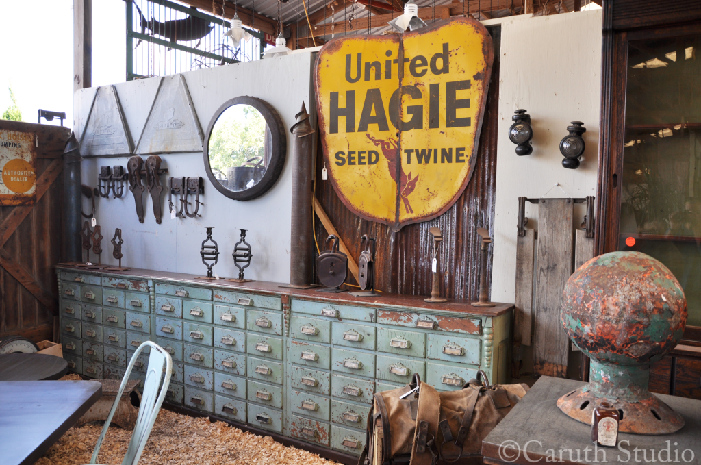 Booth-at-Texas-Antique-Week