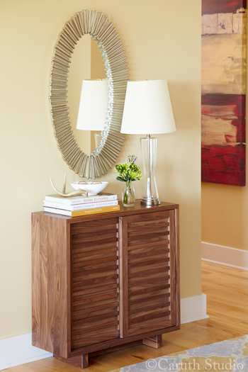Styled-entry-cabinet