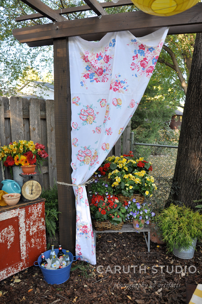 No-sew tablecloth curtain