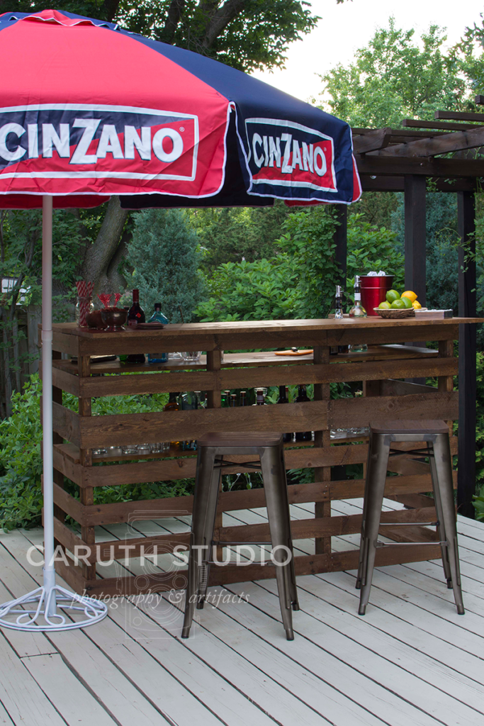fully decked out pallet bar