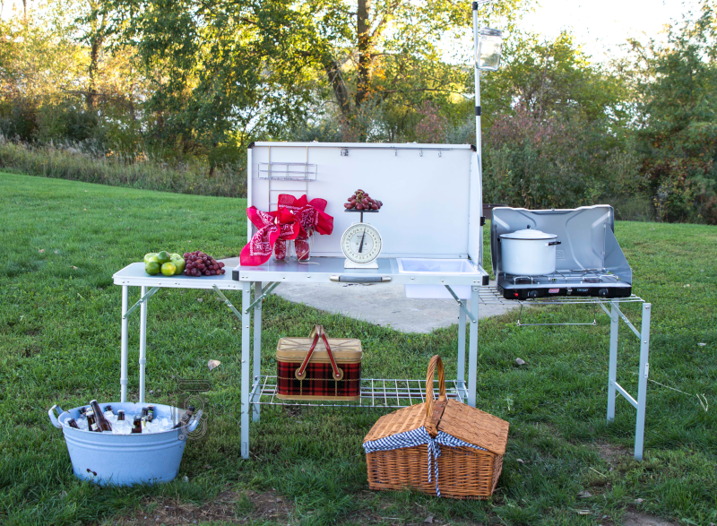 chili party serving bar